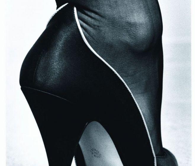 Helmut Newton, Cipő, ezüstnyomat, 1983