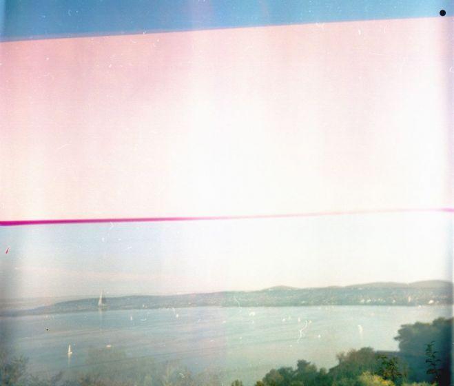 Vedres Ági, Belső táj-sorozat No.3., Camera Obscura, 6x6-os színes negatívra exponálva, 50x50 cm, 2013
